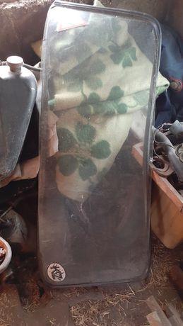 Продам заднее стекло ваз 2106