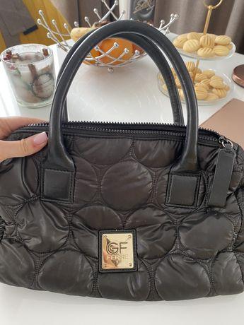 Чанта Ferre