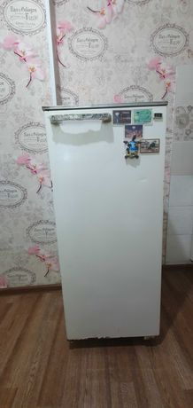 Холодильник Саратов 1615М, рабочий