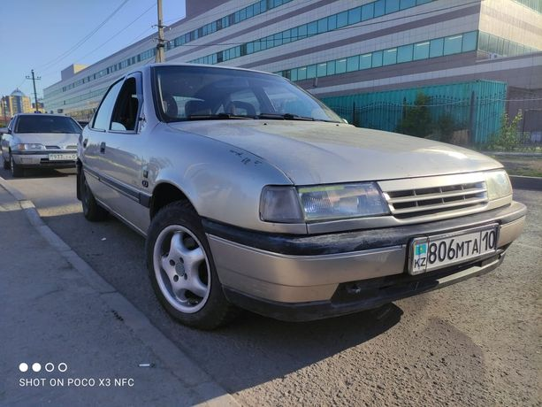 Opel Vectra 1992года