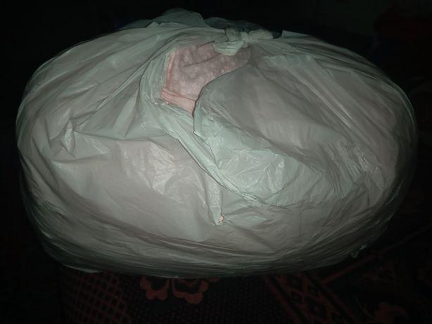Розовые бортики в кроватку