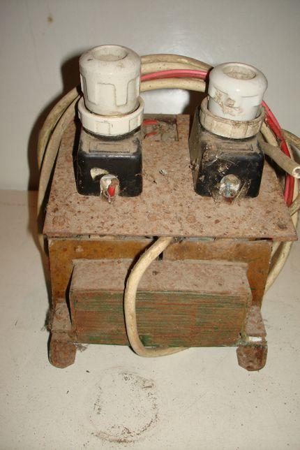 Transformatr electric de la 220 la 12- 24V curent contiu si alternativ