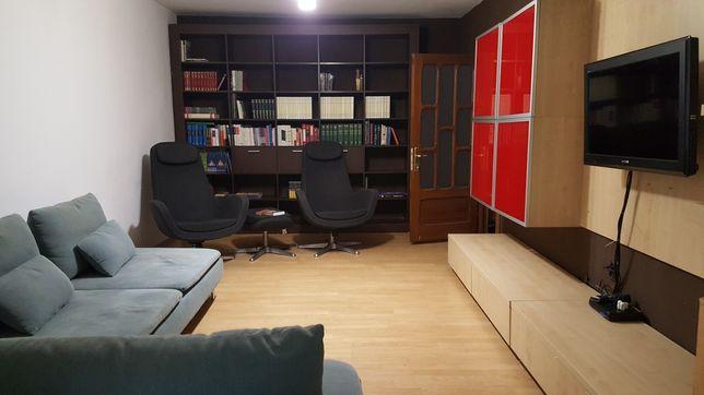 Închiriez Apartament Parter Centru (Central - Zăvoi)