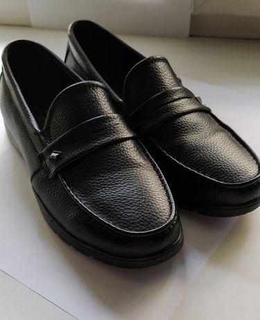Туфли подростковые. 35 размер