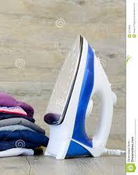 Утюги для одежды в широком ассортименте