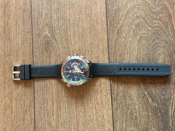 Часовник TAGHeuer