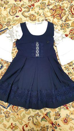 Школьная форма для девочки 6ти 7ми лет с  блузкой все вместе за 6тыс