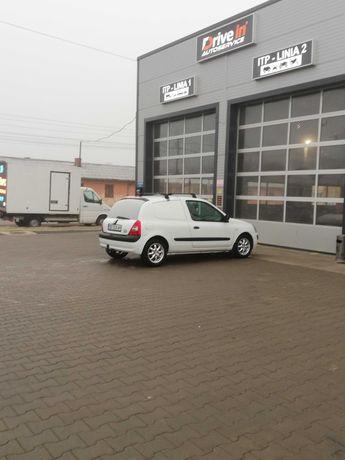 Renault clio van