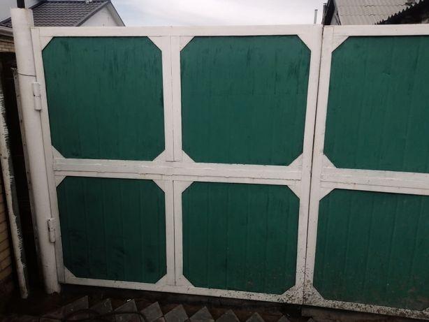 Продам ворота металлические