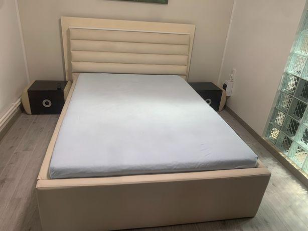 Mobila dormitor si scaune bucatarie