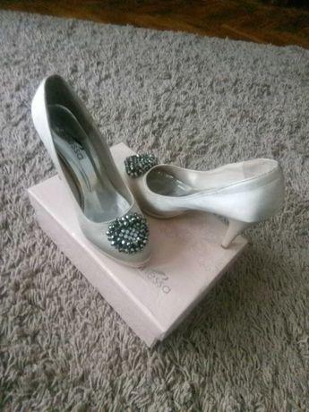 Pantofi Janessa nr 37 beige
