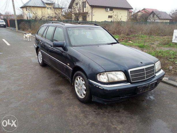 Dezmembrez Mercedes W202 C220CDI