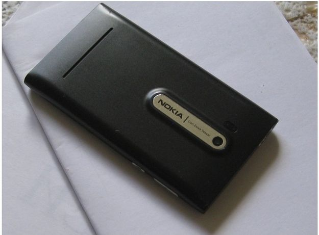 Телефон Nokia на зап части, работает, без батарейки - 5000 тенге