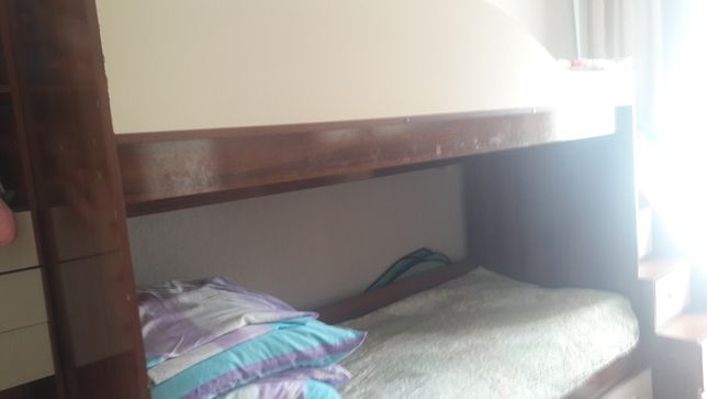 Продам кровать двухъярусную