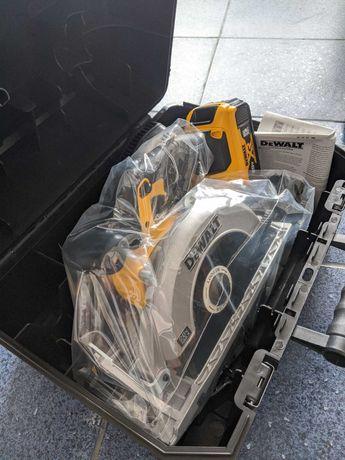 Ръчен акумулаторен циркуляр DCS391 + батерия 5Ач + куфар
