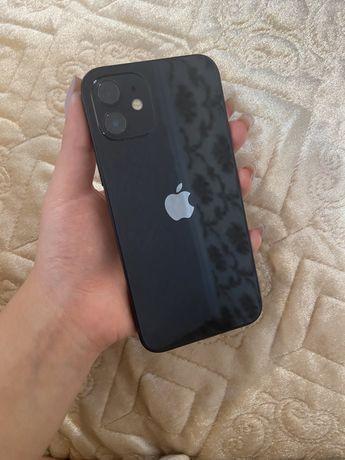 Продам Айфон 12