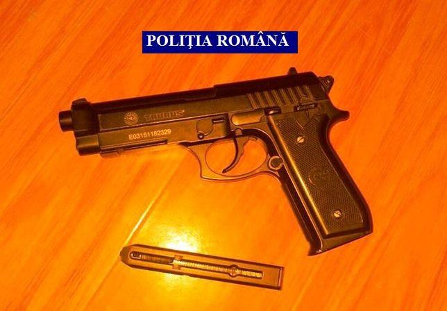 NOU!! Pistol MODIFICAT Airsoft Taurus PT92/Beretta M9/METAL/Co2/ 4,J