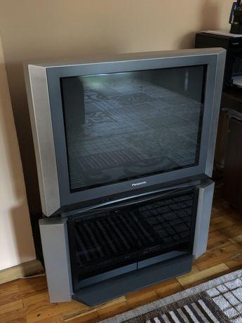 Телевизор Panasonic (с подставкой)