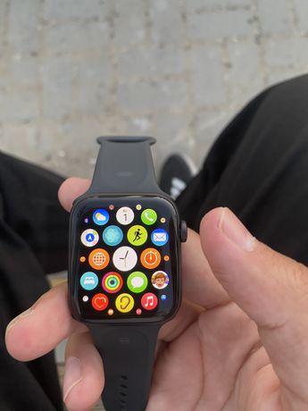 Срочно продам Apple watch SE 44 mm