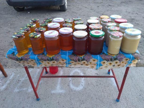 Miere de albine din stupina proprie 100%naturala oriunde in Slatina
