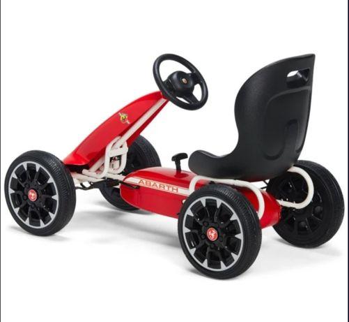 Kart cu pedale pentru copii