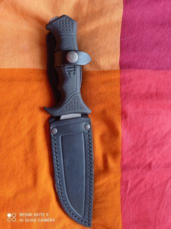 Нож с кания стомана 440 C