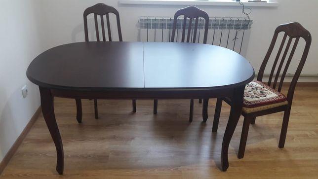 продаётся стол со стульями срочно продаётся