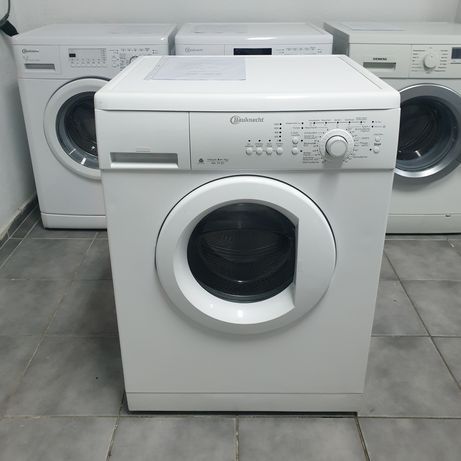 Mașină de spălat rufe Bauknecht. Garanție 12 luni.
