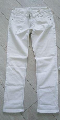 Продам новые летние джинсы бренд Промод