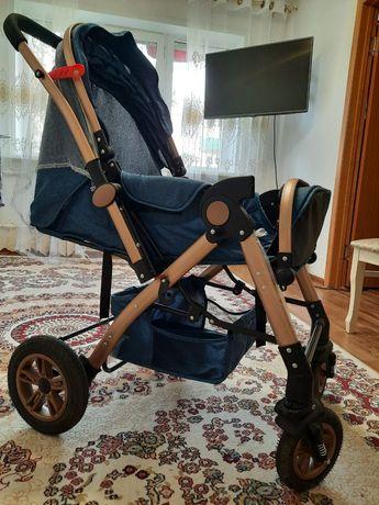 Детская коляска почти новая