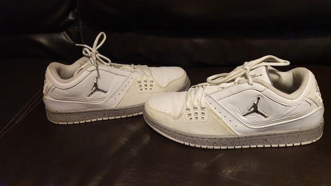 Adidași  Nike Jordan