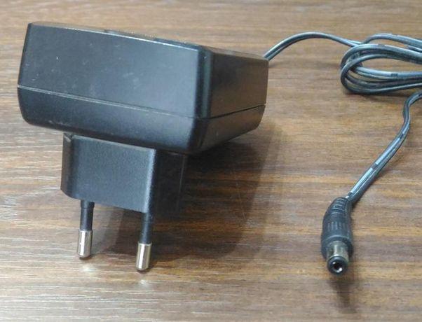 АКБ зарядка блок питания для небольших аккумуляторов на 6 и 12 вольт