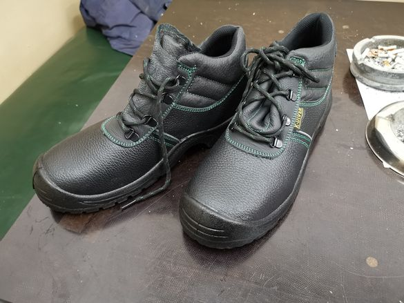 Работни обувки 44 /45