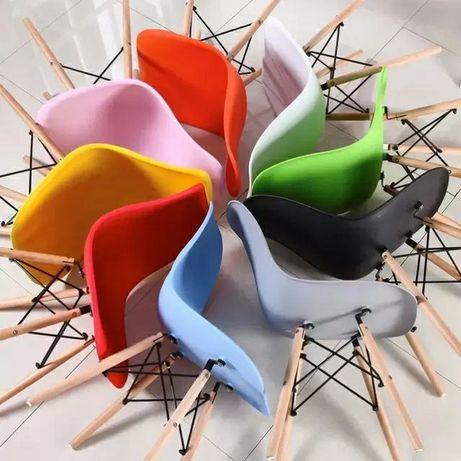 Стулья пластиковые, стильные, современные, лофт. Для кафе и ресторанов