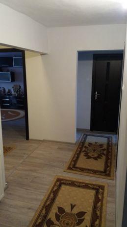 Vand sau Inchiriez Apartament 4 camere