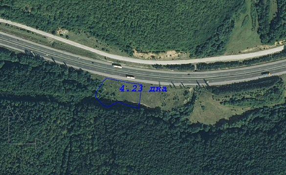 Парцел с лице на автомагистрала Хемус (бартер)
