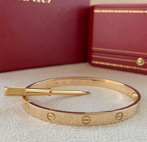 Cartier браслет новый