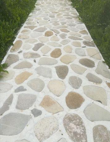 Vind și montez piatră naturala, gratare, cascade