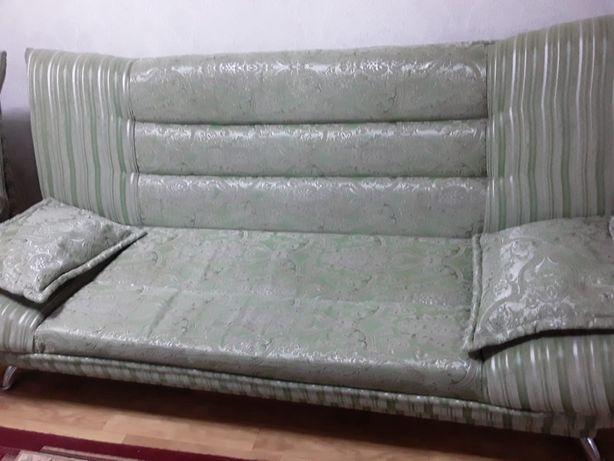 Продается диван и кресло