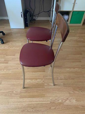 стул кухонный бордовый
