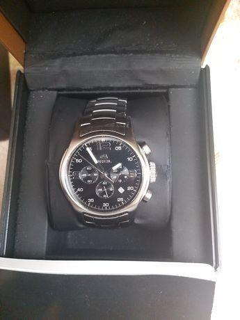 Часы наручные швейцарской фирмы Breil