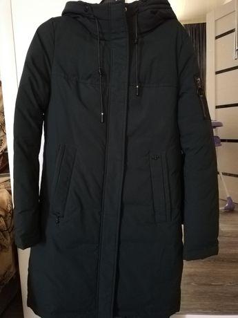 Продам Зимнию куртку