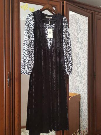 Красивое платье с орнаментами