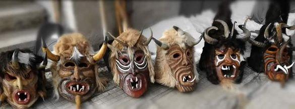 Изработка на сурвакарски маски