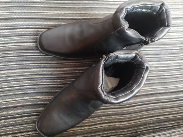 Мъжки полу ботуши