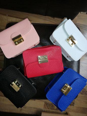 Нови чанти