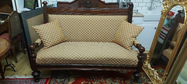 Canapea stil