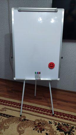 Доска для Офиса новый в комплекте маркеры и гупка. Размер 1 ×70