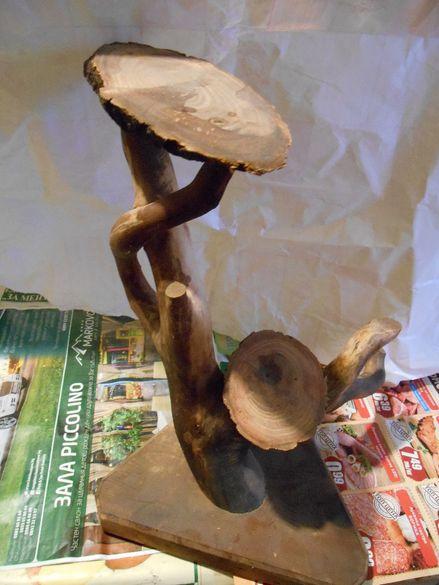 Дървена поставка