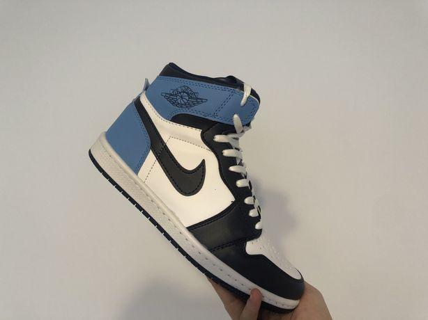 Adidasi Dama Nike Air Jordan 1 Retro Obsidian